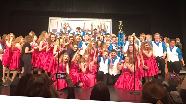 ''Bridge Street Singers'' from St. Francis High School are victorious at Hastings